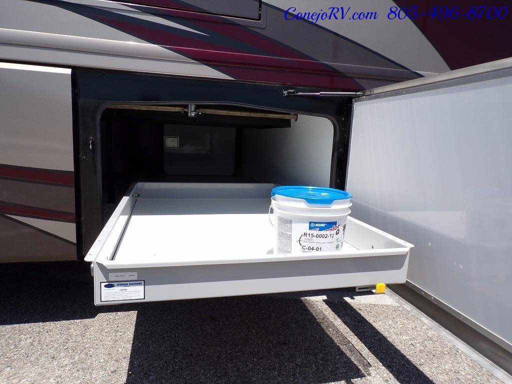 2017 Fleetwood Discovery LXE 40D Bath and a Half King Bed 380hp - Photo 36 - Thousand Oaks, CA 91360