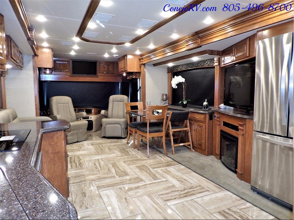 2017 Fleetwood Discovery LXE 40D Bath and a Half King Bed 380hp - Photo 32 - Thousand Oaks, CA 91360