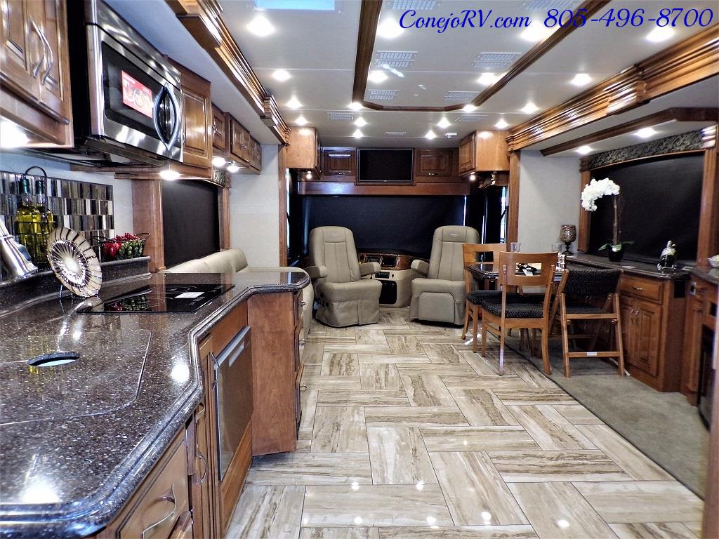 2017 Fleetwood Discovery LXE 40D Bath and a Half King Bed 380hp - Photo 30 - Thousand Oaks, CA 91360
