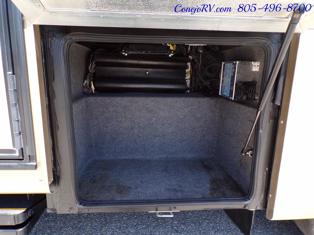 2007 Tiffin Allegro 28DA Double Slide Out - Photo 30 - Thousand Oaks, CA 91360