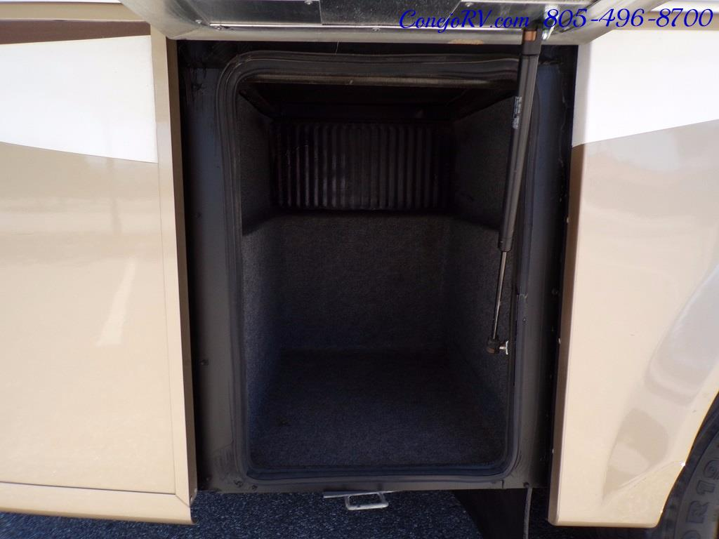 2007 Tiffin Allegro 28DA Double Slide Out - Photo 28 - Thousand Oaks, CA 91360