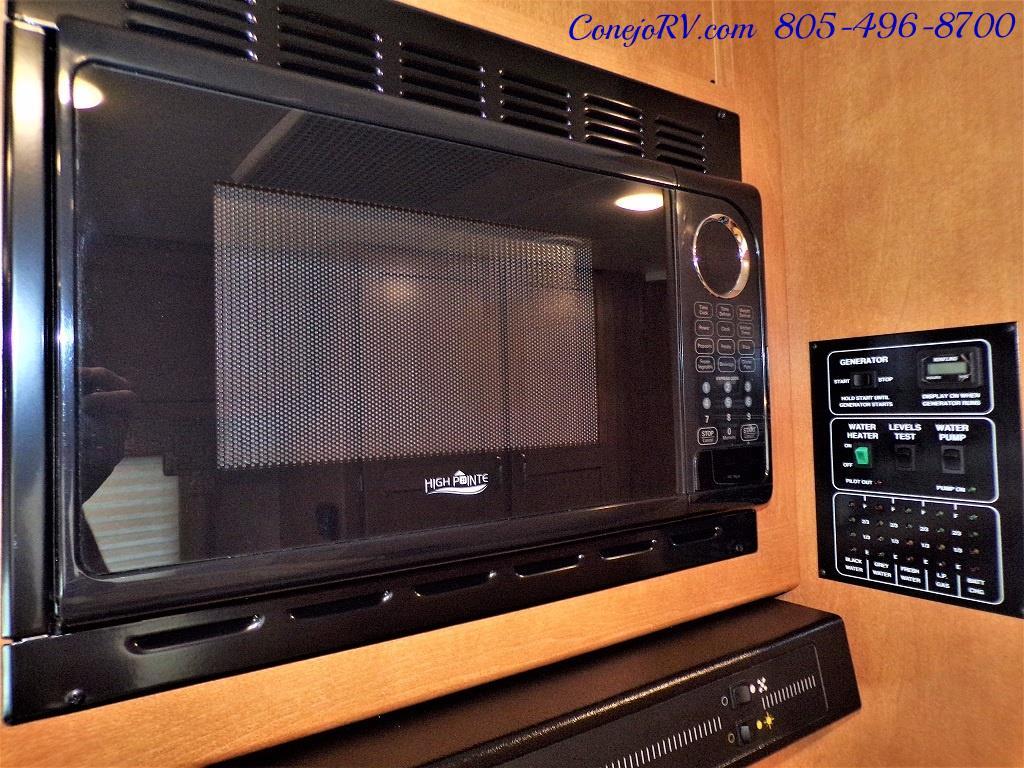 2017 Winnebago Minnie 22R Ford E-450 - Photo 13 - Thousand Oaks, CA 91360