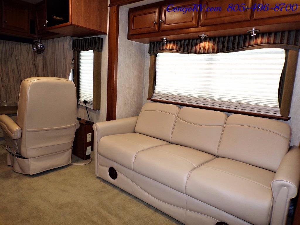 2005 Country Coach Inspire Davinci 40ft Quad-Slide Full Paint 400hp - Photo 15 - Thousand Oaks, CA 91360