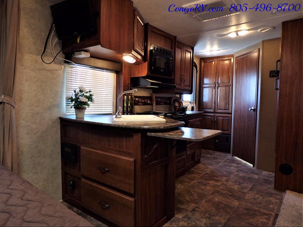 2014 Keystone Cougar 21RBS Slide Out Travel Trailer - Photo 22 - Thousand Oaks, CA 91360