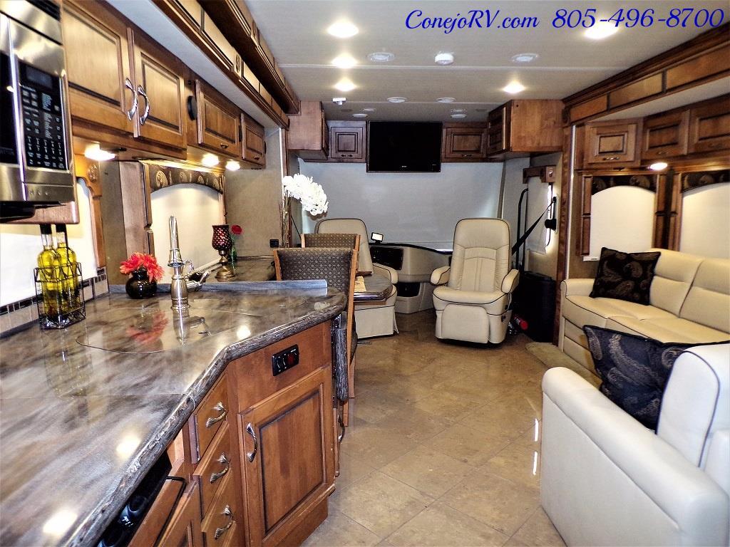 2013 Monaco Knight 38PFT 23k Miles - Photo 23 - Thousand Oaks, CA 91360