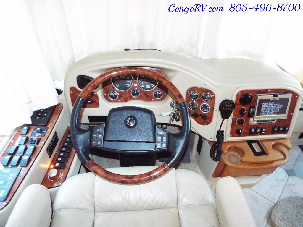 2005 Monaco Holiday Rambler Navigator 43PBQ Quad-Slide 515hp - Photo 37 - Thousand Oaks, CA 91360