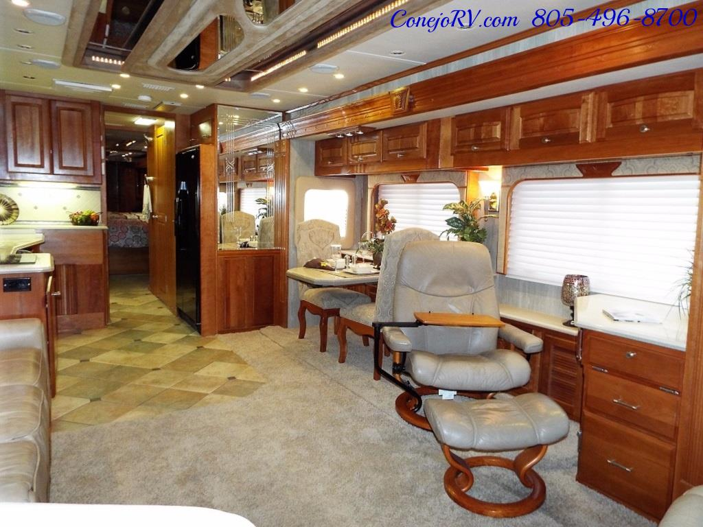 2005 Monaco Holiday Rambler Navigator 43PBQ Quad-Slide 515hp - Photo 8 - Thousand Oaks, CA 91360