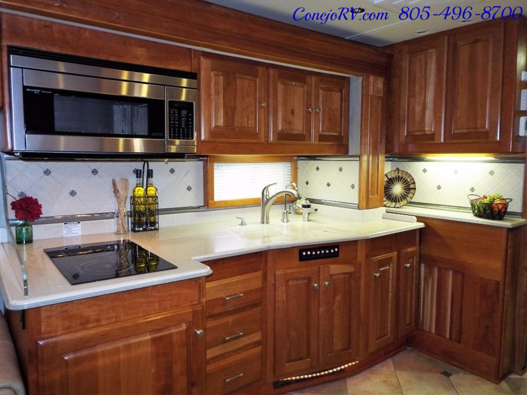 2005 Monaco Holiday Rambler Navigator 43PBQ Quad-Slide 515hp - Photo 18 - Thousand Oaks, CA 91360