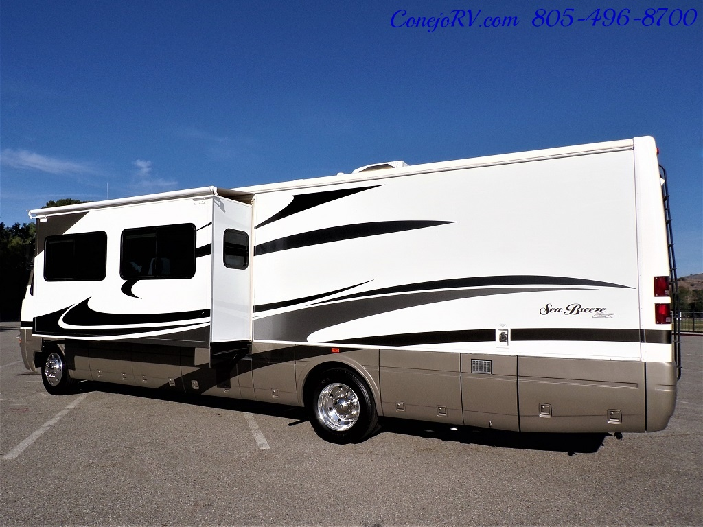 2006 National Seabreeze LX 8341 Double Slide 16K Miles - Photo 2 - Thousand Oaks, CA 91360