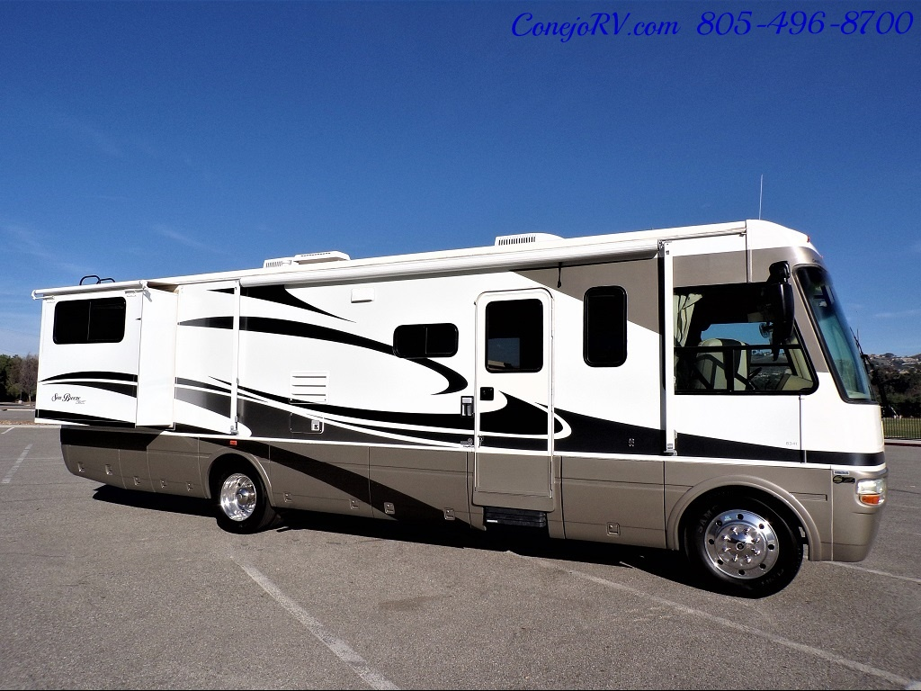 2006 National Seabreeze LX 8341 Double Slide 16K Miles - Photo 3 - Thousand Oaks, CA 91360