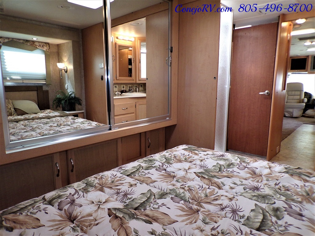 2006 National Seabreeze LX 8341 Double Slide 16K Miles - Photo 21 - Thousand Oaks, CA 91360