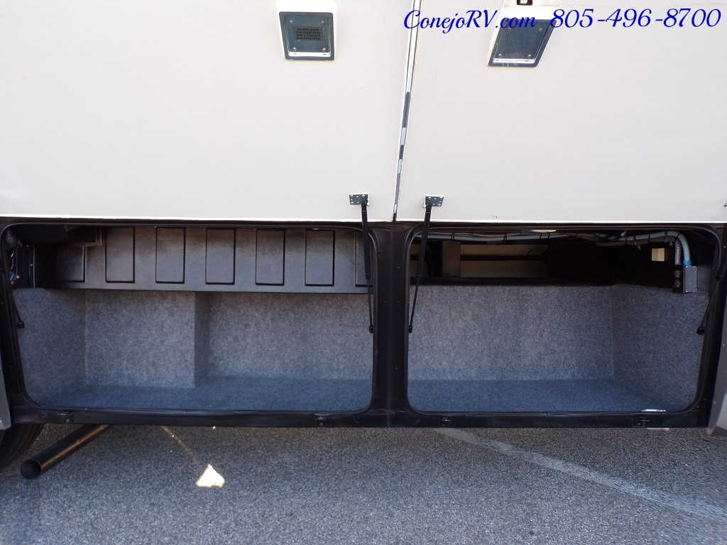 2006 National Seabreeze LX 8341 Double Slide 16K Miles - Photo 37 - Thousand Oaks, CA 91360