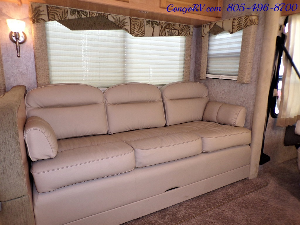 2006 National Seabreeze LX 8341 Double Slide 16K Miles - Photo 9 - Thousand Oaks, CA 91360