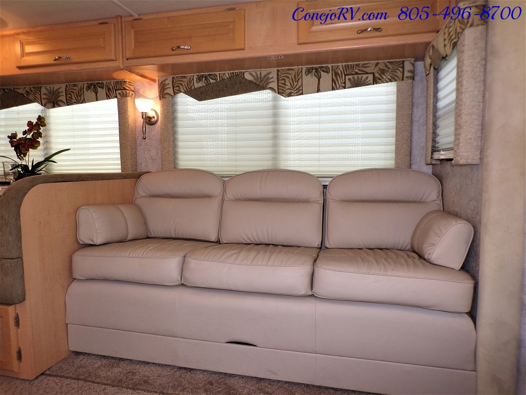 2006 National Seabreeze LX 8341 Double Slide 16K Miles - Photo 8 - Thousand Oaks, CA 91360