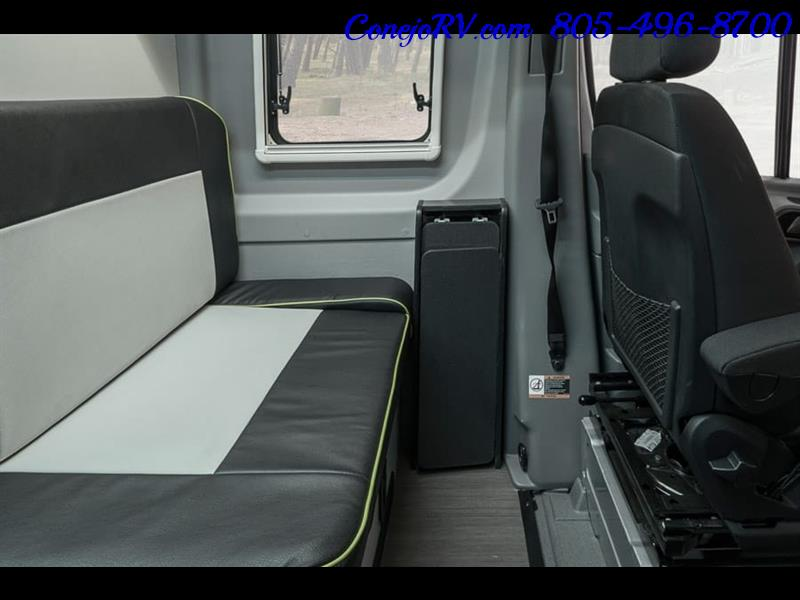 2018 Winnebago Revel 44E 4X4 Mercedes Sprinter Turbo Diesel - Photo 14 - Thousand Oaks, CA 91360