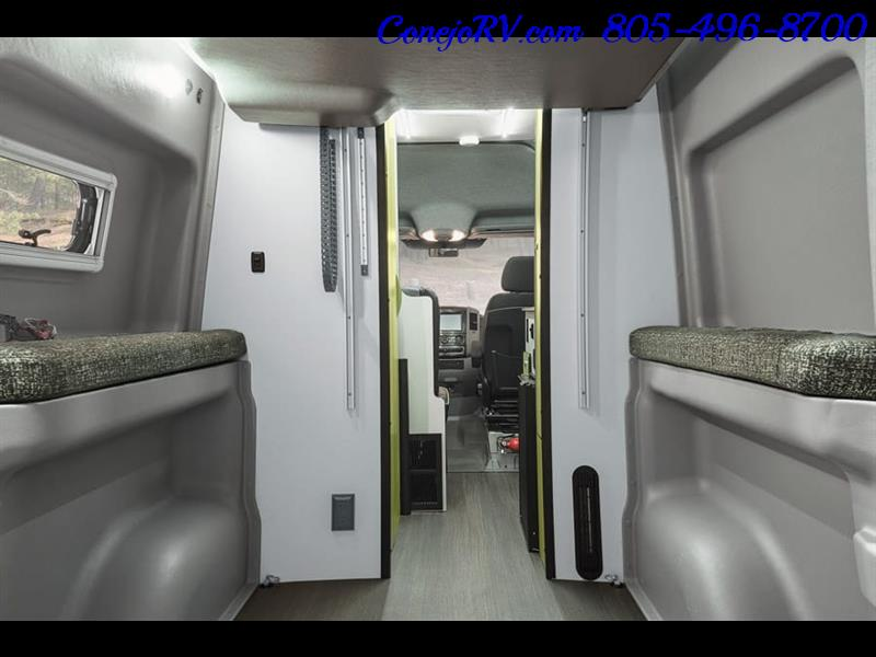 2018 Winnebago Revel 44E 4X4 Mercedes Sprinter Turbo Diesel - Photo 9 - Thousand Oaks, CA 91360