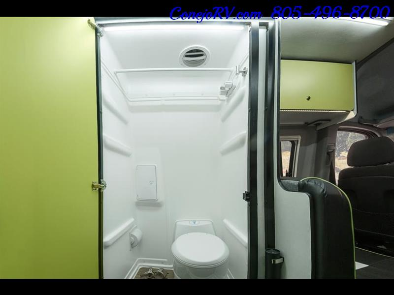 2018 Winnebago Revel 44E 4X4 Mercedes Sprinter Turbo Diesel - Photo 13 - Thousand Oaks, CA 91360