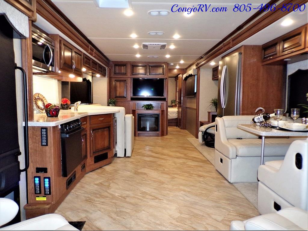 2017 Holiday Rambler Vacationer 36Y Triple Slide Like New Only 3K Miles - Photo 5 - Thousand Oaks, CA 91360