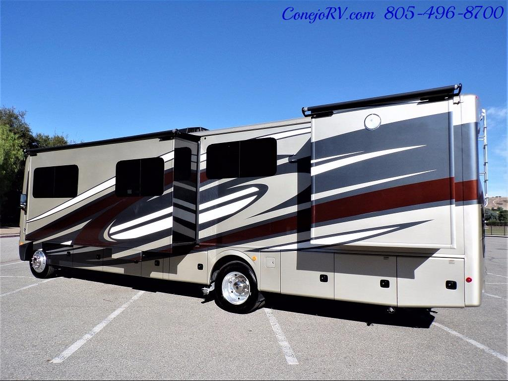 2017 Holiday Rambler Vacationer 36Y Triple Slide Like New Only 3K Miles - Photo 2 - Thousand Oaks, CA 91360