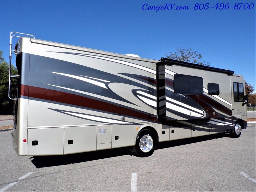 2017 Holiday Rambler Vacationer 36Y Triple Slide Like New Only 3K Miles - Photo 4 - Thousand Oaks, CA 91360