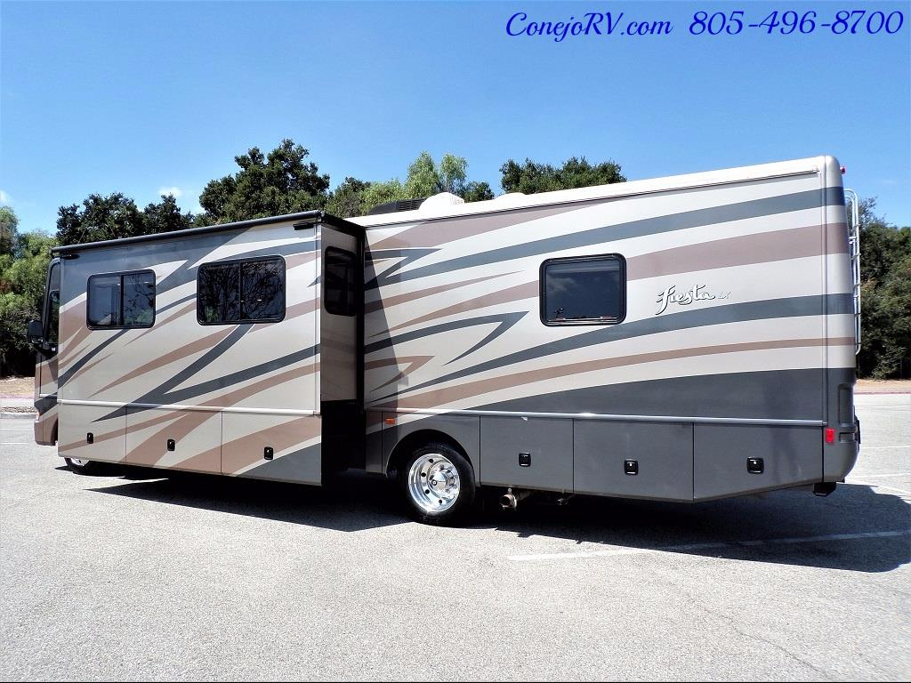 2008 Fleetwood Fiesta LX 34N Double Slide Bunkhouse Full Paint - Photo 2 - Thousand Oaks, CA 91360