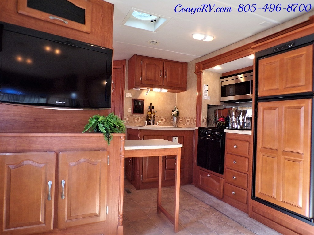 2008 Forest River Georgetown 373 Double Slides King Bed 8K Miles - Photo 10 - Thousand Oaks, CA 91360