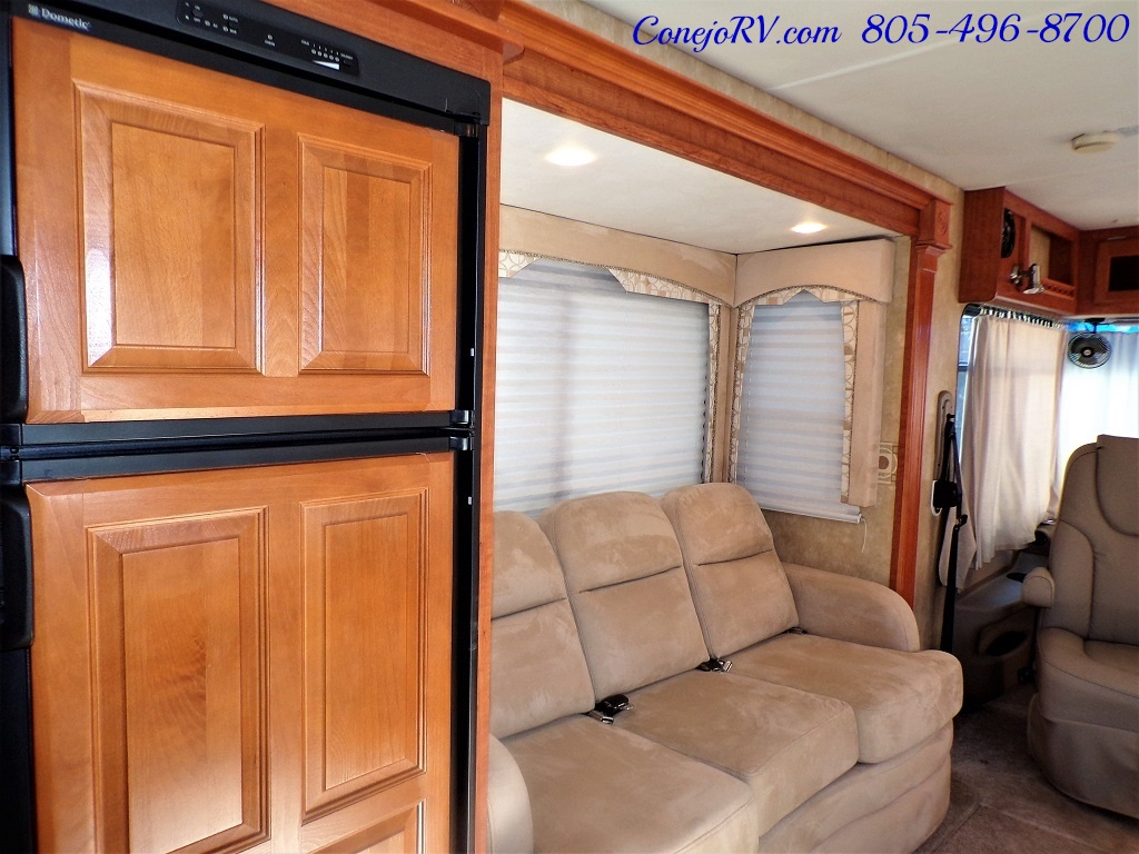 2008 Forest River Georgetown 373 Double Slides King Bed 8K Miles - Photo 11 - Thousand Oaks, CA 91360
