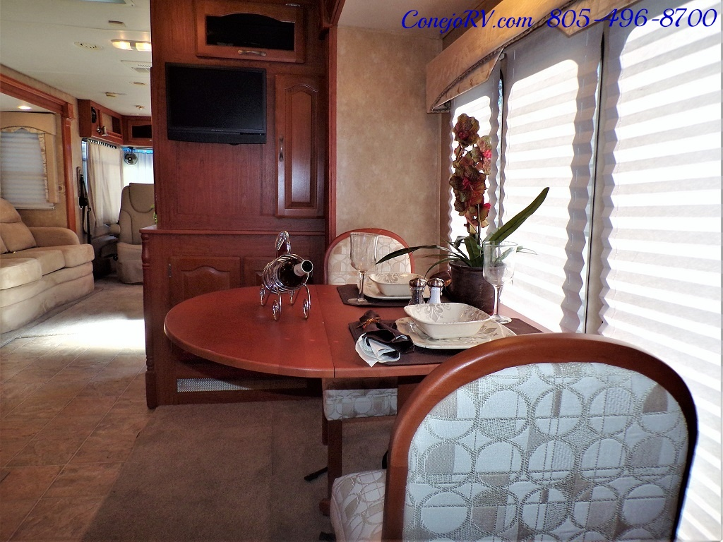 2008 Forest River Georgetown 373 Double Slides King Bed 8K Miles - Photo 17 - Thousand Oaks, CA 91360