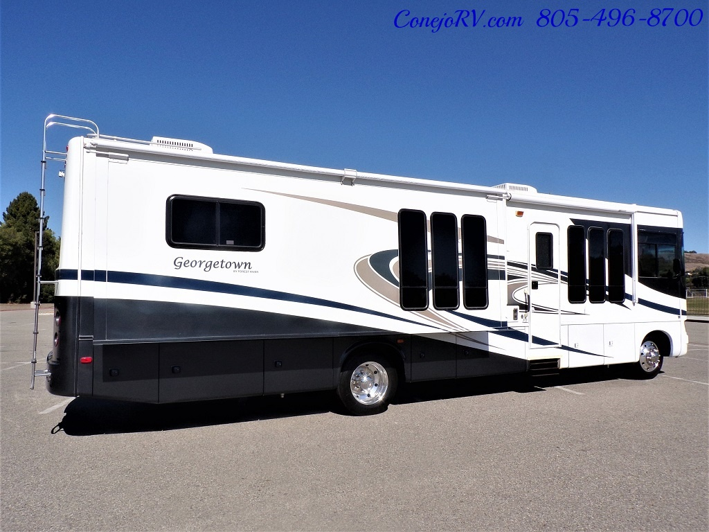 2008 Forest River Georgetown 373 Double Slides King Bed 8K Miles - Photo 4 - Thousand Oaks, CA 91360