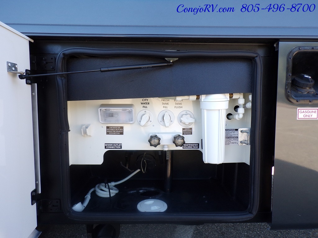 2008 Forest River Georgetown 373 Double Slides King Bed 8K Miles - Photo 34 - Thousand Oaks, CA 91360