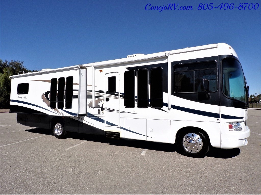 2008 Forest River Georgetown 373 Double Slides King Bed 8K Miles - Photo 3 - Thousand Oaks, CA 91360