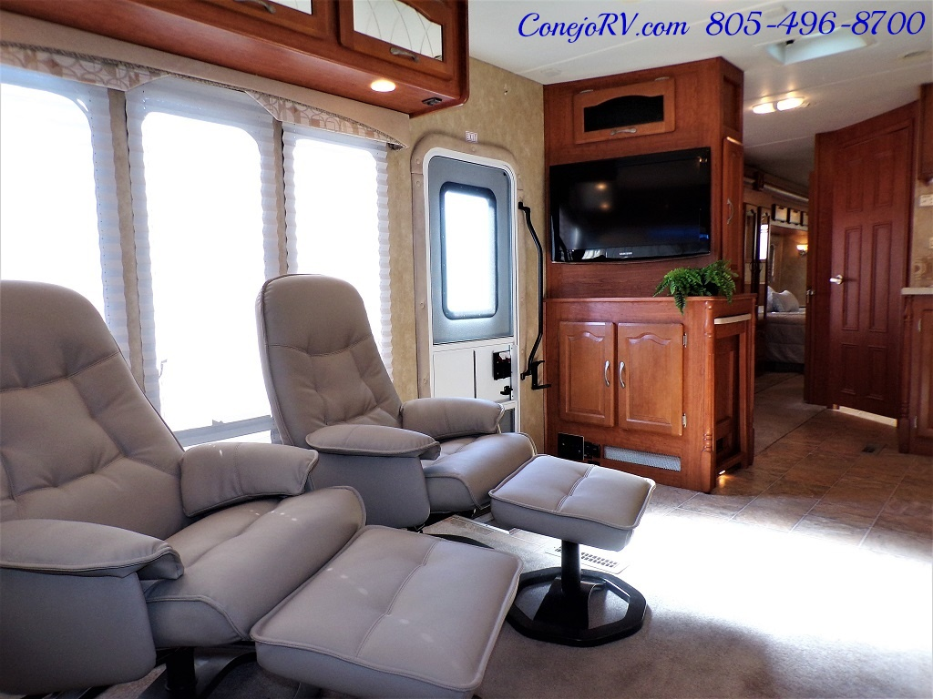 2008 Forest River Georgetown 373 Double Slides King Bed 8K Miles - Photo 7 - Thousand Oaks, CA 91360