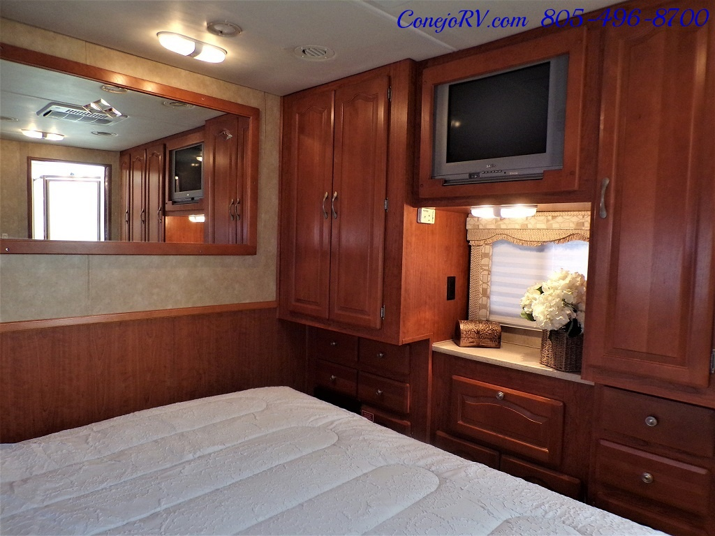 2008 Forest River Georgetown 373 Double Slides King Bed 8K Miles - Photo 24 - Thousand Oaks, CA 91360