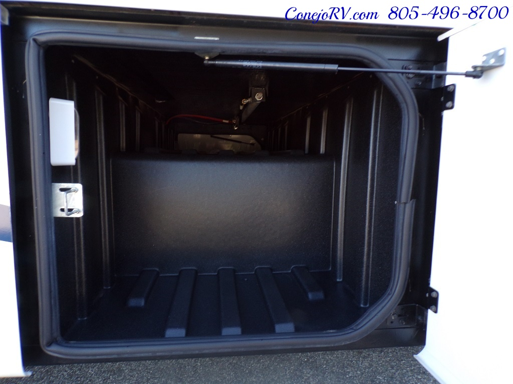 2008 Forest River Georgetown 373 Double Slides King Bed 8K Miles - Photo 39 - Thousand Oaks, CA 91360
