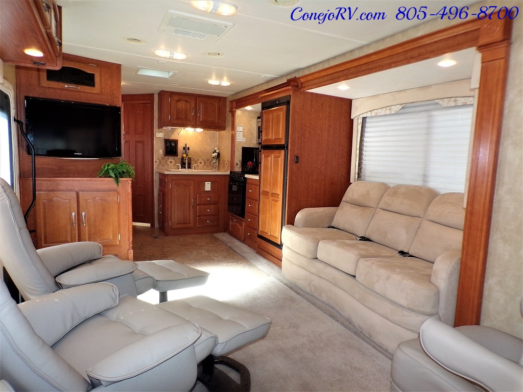 2008 Forest River Georgetown 373 Double Slides King Bed 8K Miles - Photo 6 - Thousand Oaks, CA 91360