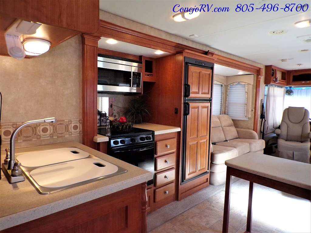 2008 Forest River Georgetown 373 Double Slides King Bed 8K Miles - Photo 14 - Thousand Oaks, CA 91360
