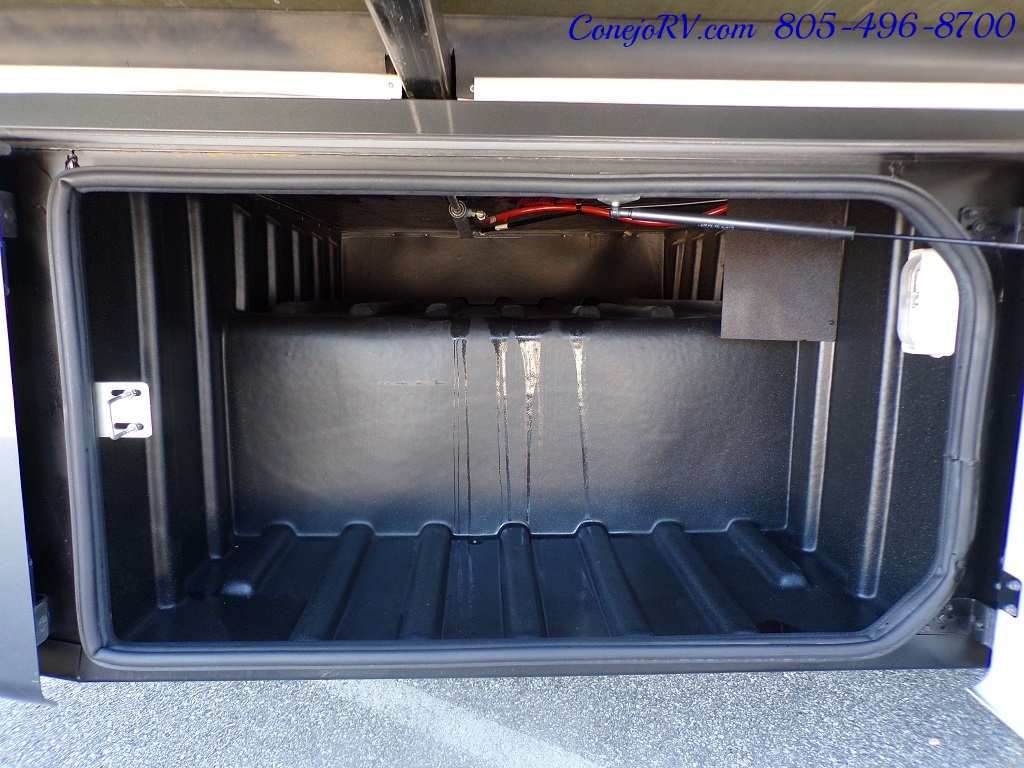 2008 Forest River Georgetown 373 Double Slides King Bed 8K Miles - Photo 44 - Thousand Oaks, CA 91360