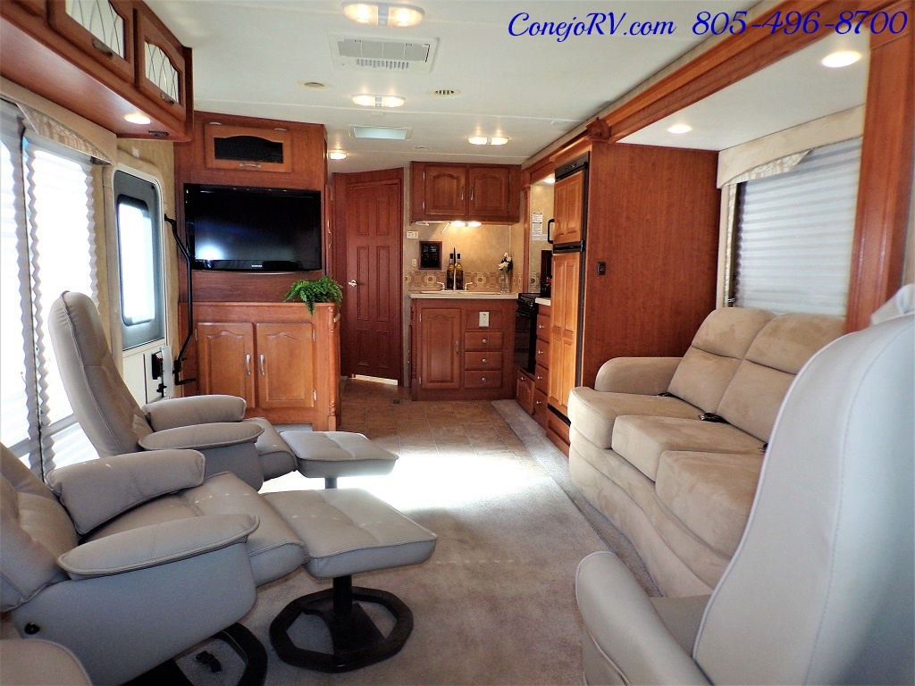 2008 Forest River Georgetown 373 Double Slides King Bed 8K Miles - Photo 5 - Thousand Oaks, CA 91360
