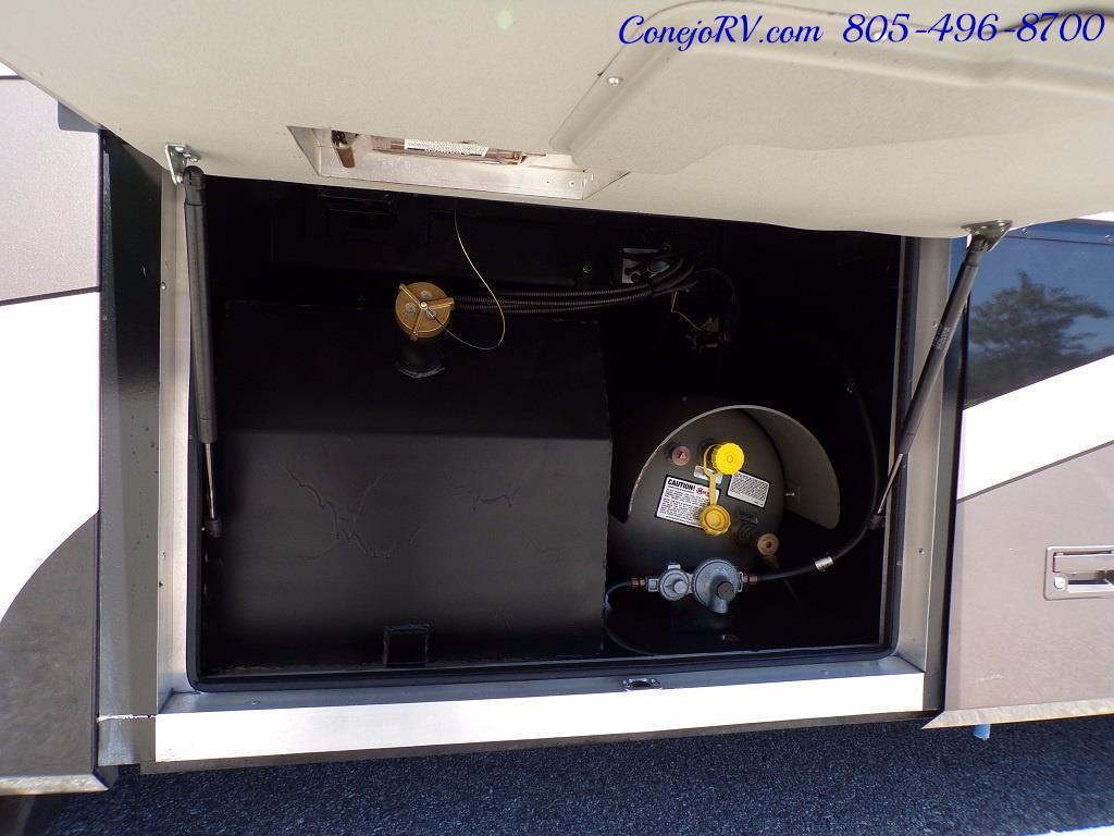 2005 Monaco Holiday Rambler Scepter 38PDQ 400hp 27k Miles - Photo 31 - Thousand Oaks, CA 91360