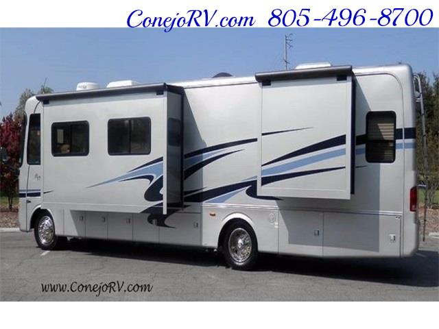 2006 Monaco Monarch 37PCT 3-Slide Big Chassis Full Paint 32k M - Photo 2 - Thousand Oaks, CA 91360