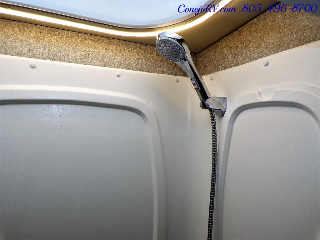 2018 Winnebago Navion 24D Full Wall Slide-Out Mercedes Turbo DSL - Photo 19 - Thousand Oaks, CA 91360