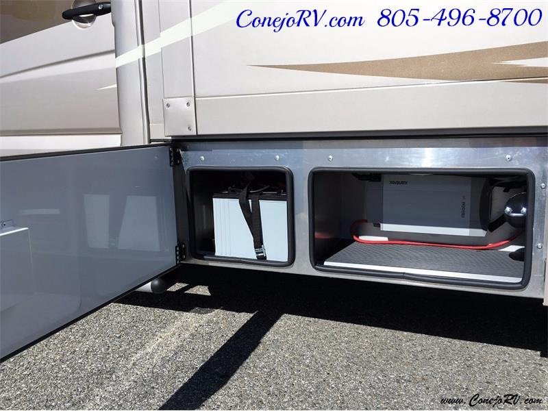 2017 Renegade RV Vienna 25MBS MURPHY BED Slide-Out Full Body Paint - Photo 34 - Thousand Oaks, CA 91360