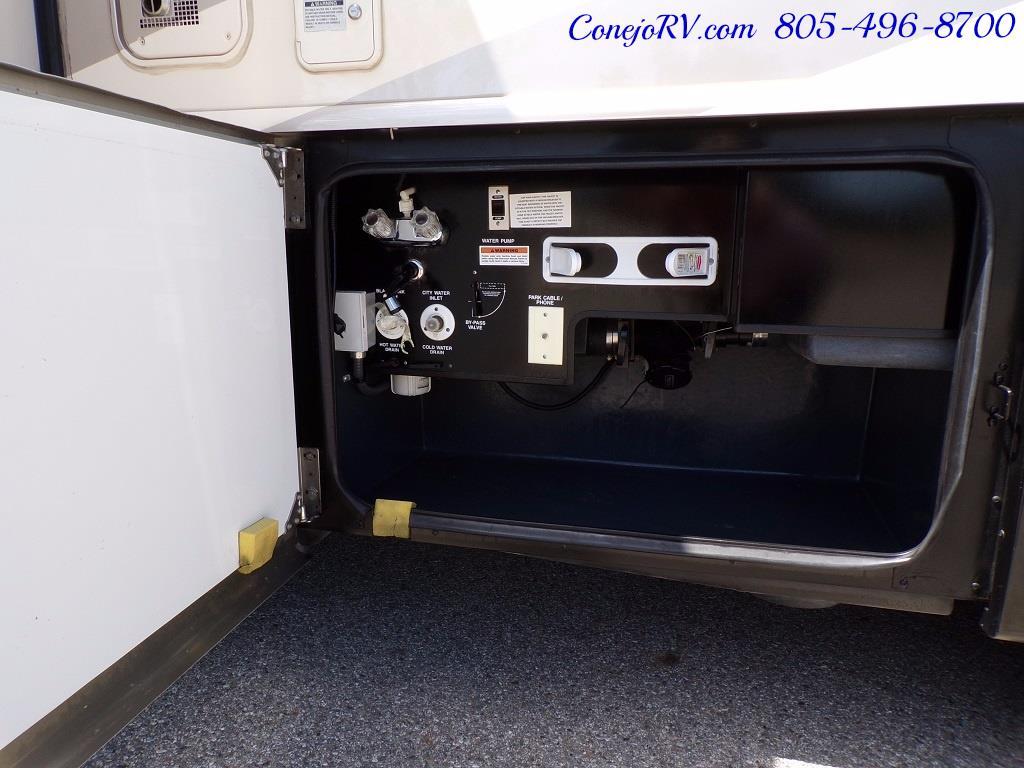 2008 Fleetwood Bounder 38F 325hp Diesel Pusher 3-Slide 1.5 Bath - Photo 41 - Thousand Oaks, CA 91360