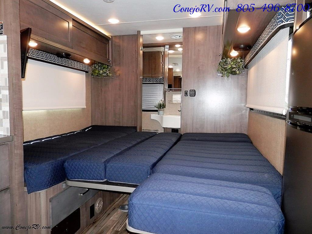 2017 Winnebago Fuse 23A Slide-Out Power Stroke Turbo Diesel - Photo 26 - Thousand Oaks, CA 91360
