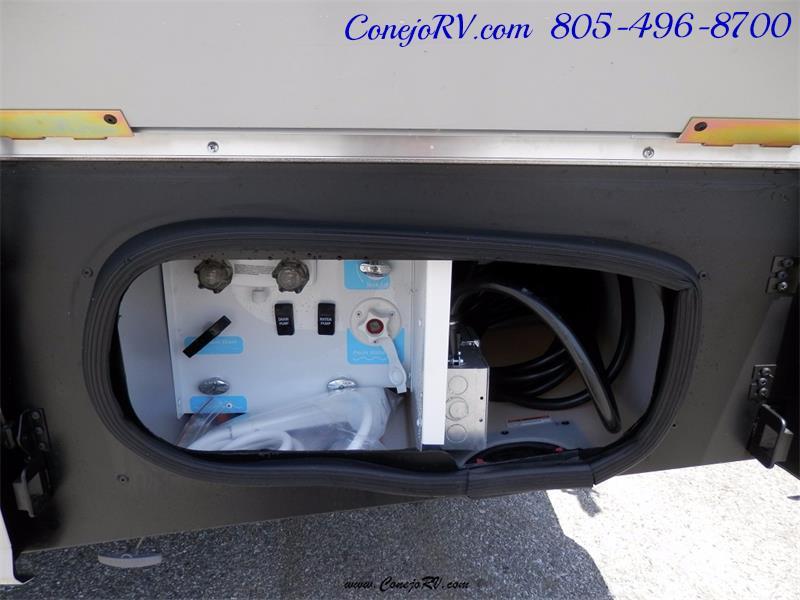 2017 Winnebago Itasca Navion 24V Slide-Out Full Body Paint Diesel - Photo 32 - Thousand Oaks, CA 91360