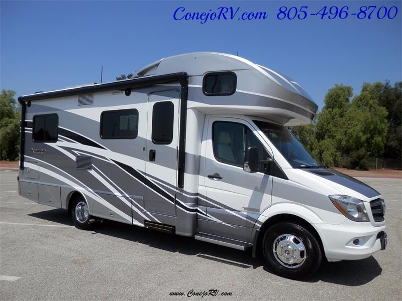 2017 Winnebago Itasca Navion 24V Slide-Out Full Body Paint Diesel - Photo 5 - Thousand Oaks, CA 91360