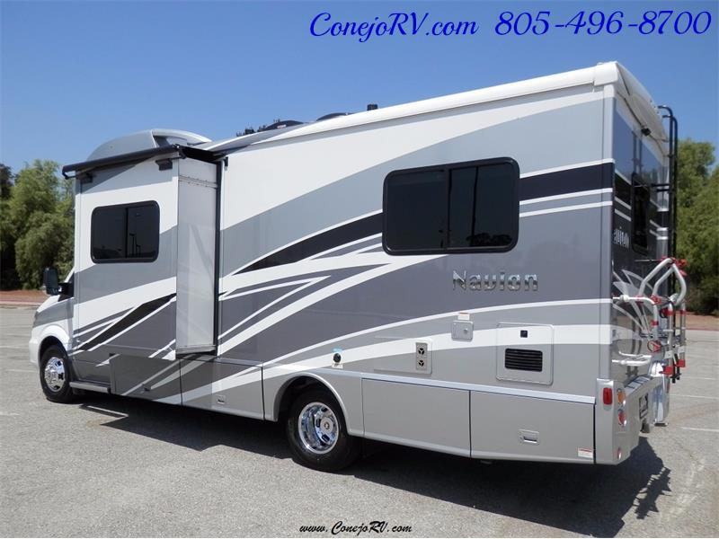 2017 Winnebago Itasca Navion 24V Slide-Out Full Body Paint Diesel - Photo 4 - Thousand Oaks, CA 91360