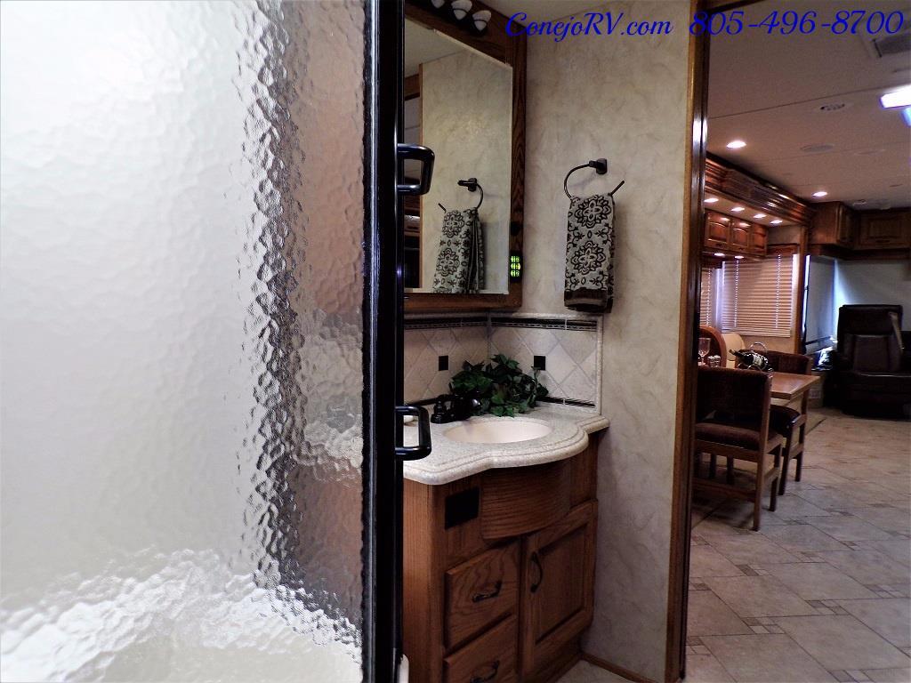2009 Monaco Camelot 42PDQ Quad Slide Tag Axle 425hp - Photo 24 - Thousand Oaks, CA 91360