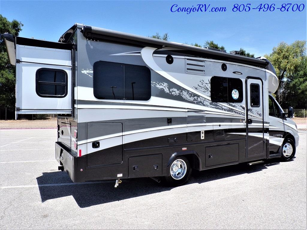 2018 Dynamax Isata 3 24RW 2-Slide Full Body Paint - Photo 6 - Thousand Oaks, CA 91360
