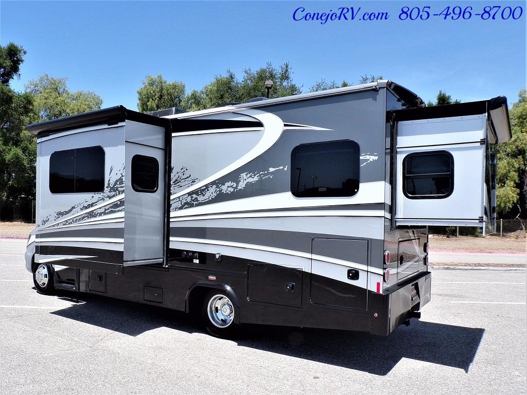 2018 Dynamax Isata 3 24RW 2-Slide Full Body Paint - Photo 4 - Thousand Oaks, CA 91360